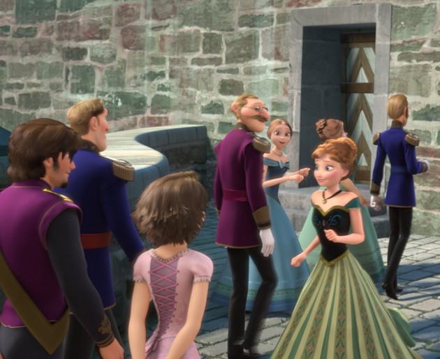Tangled's Rapunzel and Flynn Cameo - Frozen Easter Egg