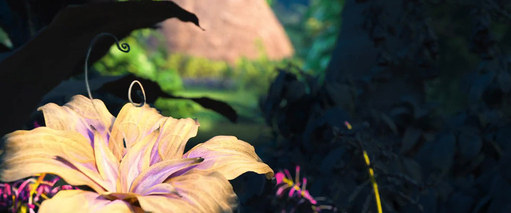 Tangled's Magical Golden Flower - Moana Easter Eggs