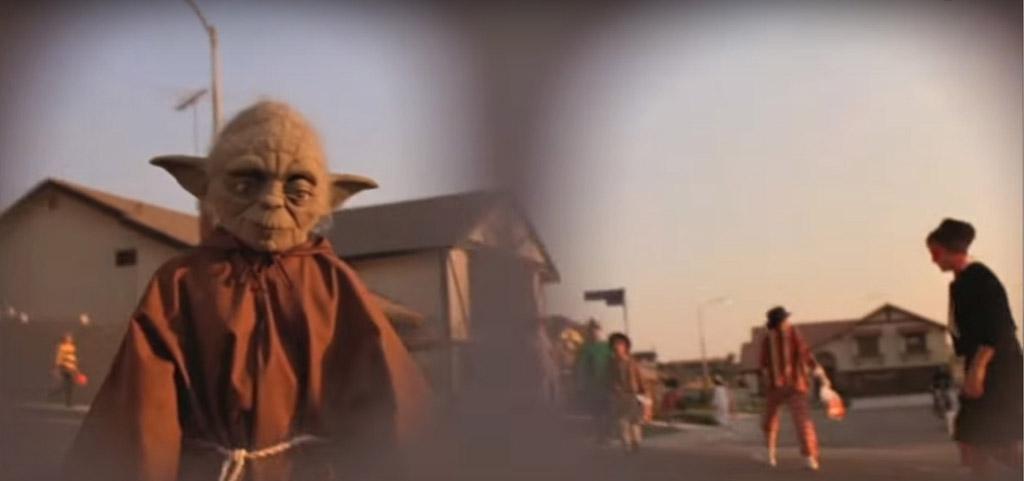 Yoda Cameo - E.T. the Extra-Terrestrial Easter Eggs