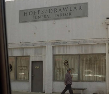 Hoffs-Drawlar-Funeral-Parlor-LOST-Easter-Eggs