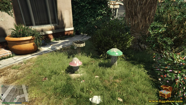 Mario and Luigi Mushrooms (Franklin's First House) - GTA V Easter Eggs