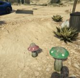 Mario and Luigi Mushrooms (Maude's House) – GTA V Easter Eggs